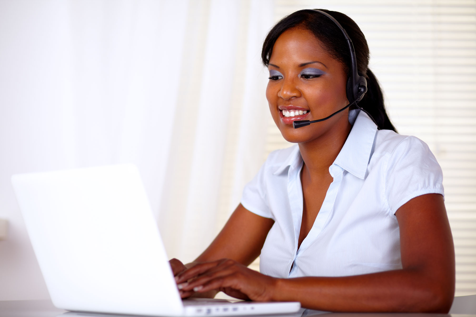 Woman in CallCenter
